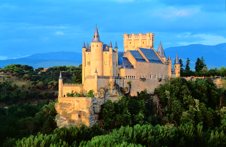 Spanish Courses in Segovia